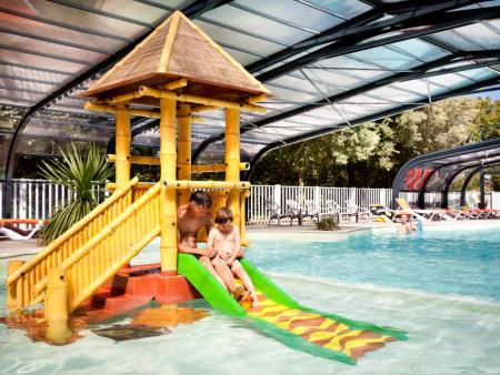 Camping Le Petit Rocher****